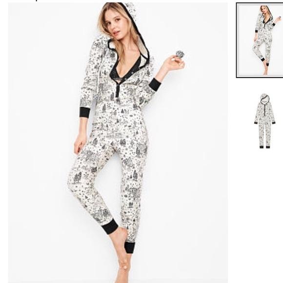 4e3608611a VS Thermal Pom Pom Hoodie onesie long Jane pajamas